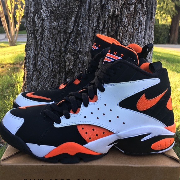 uk availability 0fdef 50f18 Nike Shoes | Air Maestro Ii Ltd White Rush Orange Mens 9 | Poshmark